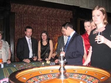 poker croupier hire